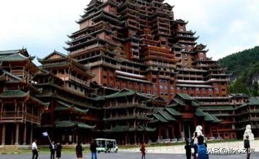 """中国最牛建筑-贵州独山水司楼,高达99.9米,也是世界上最大的""""水族建筑"""""""