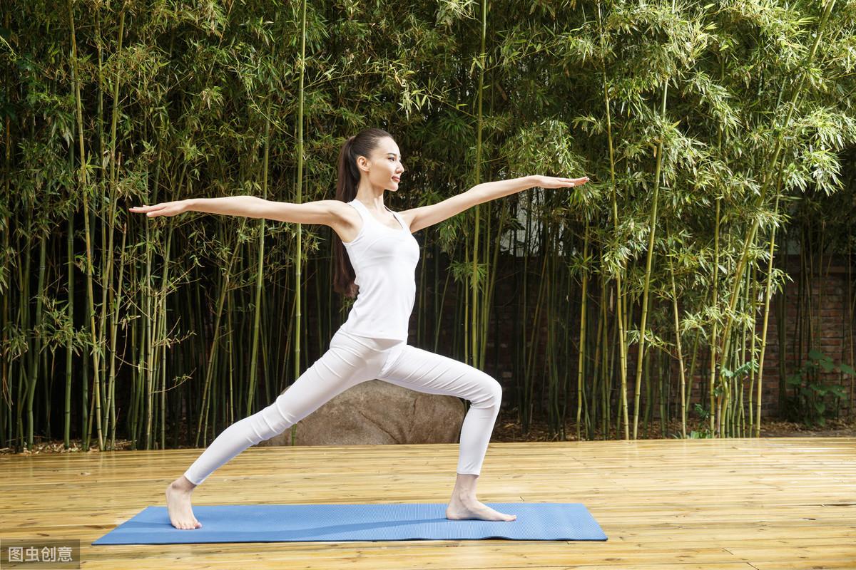 80集瑜伽健身教练视频教程+电子教材,入门到高级,限时领取