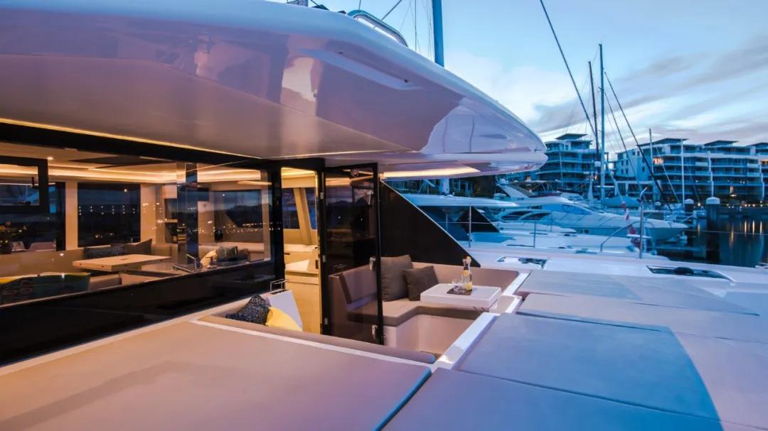 「猎豹Leopard 50L」双体帆船+飞桥空间,到底有多香?