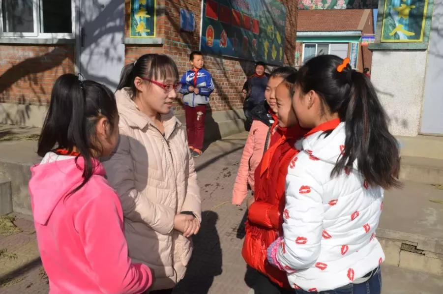 迁安一位小学教师入选河北省教书育人楷模