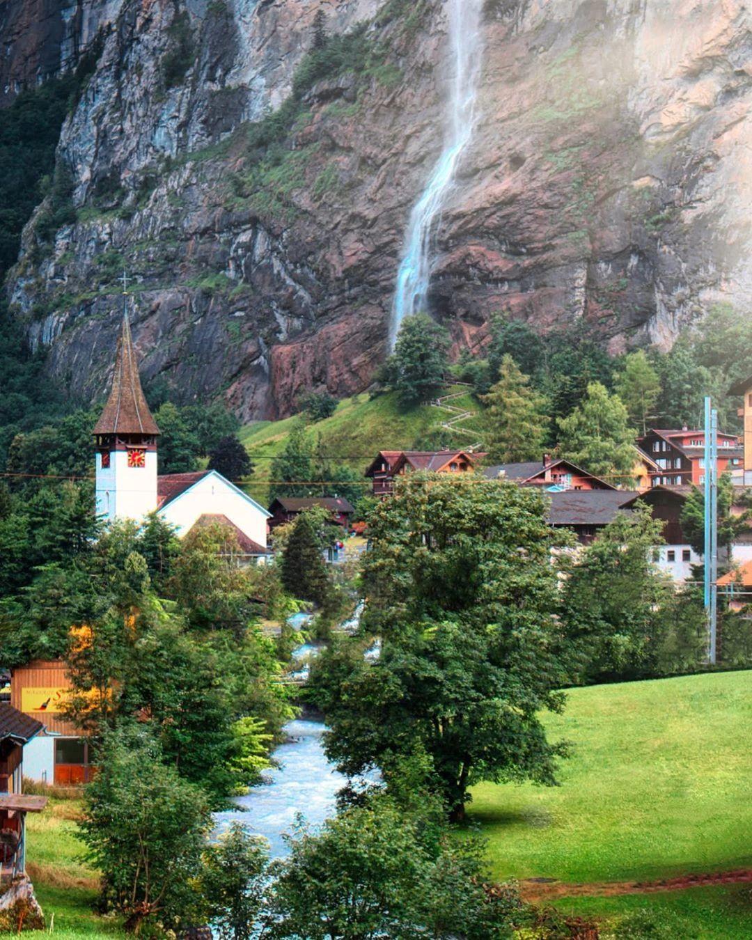 0ba5b640a1044632bf9fee99105401b6?from=pc - 瑞士:一个童话般的国家