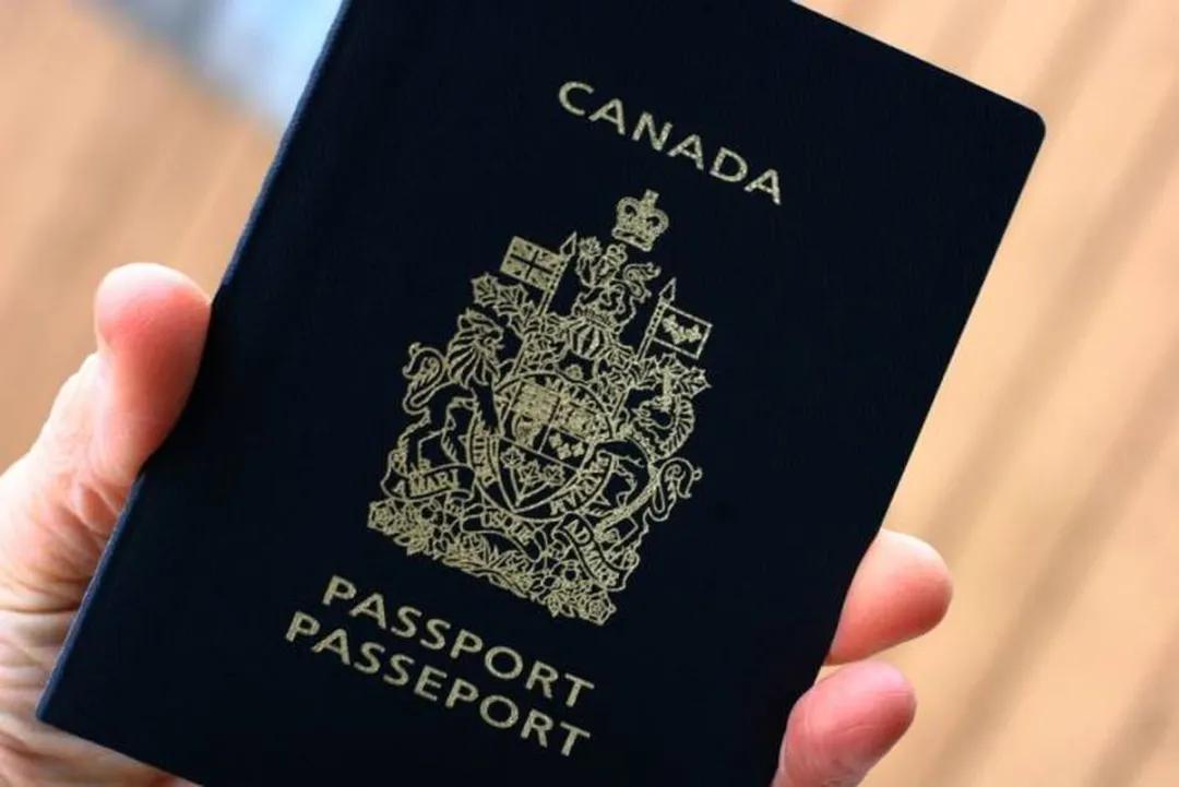 加拿大移民进入网络申请时代!纸质申请已成过去式