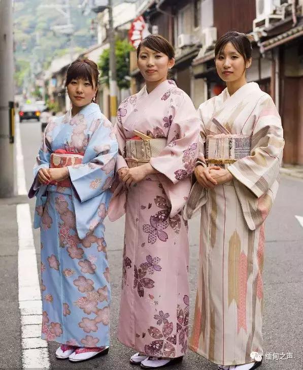 盘点各国传统服饰,那个最好看你说了算!