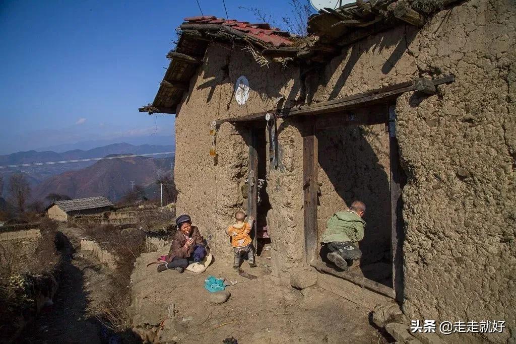 """中国最""""穷""""的10个县,四川3个,甘肃2个,其余5省份各1个"""