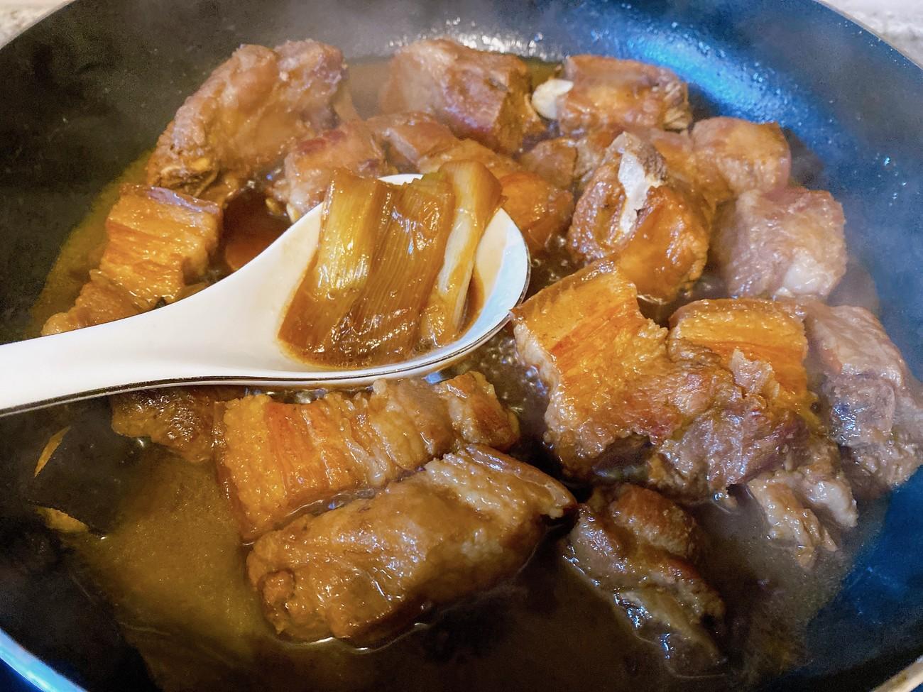 愛吃紅燒肉要收藏,這配方我用了十幾年,肥而不膩,上桌瞬間光盤