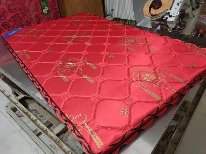 最近抖音都在扔床垫  椰棕垫大量胶水粘合可能会得白血病