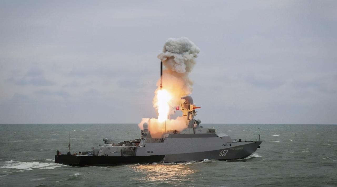 时速11016公里!1000公里射程实装上舰,专家:美国海军迎来噩梦