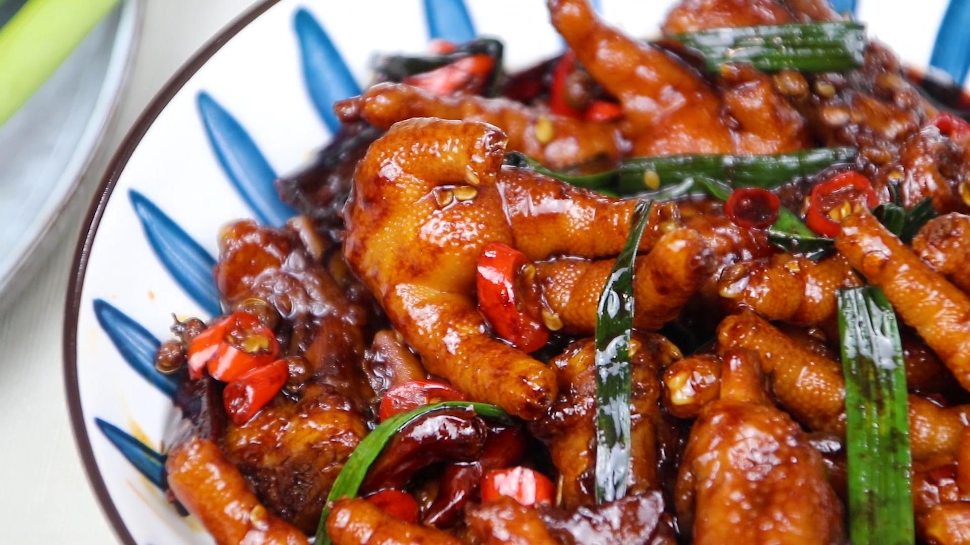 做香辣滷雞爪原來這麼簡單,好吃解饞,下酒又下飯,上桌就被搶光
