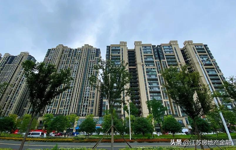"""毛坯限价3.4万/㎡,低密住宅成仙林湖板块""""标签"""""""