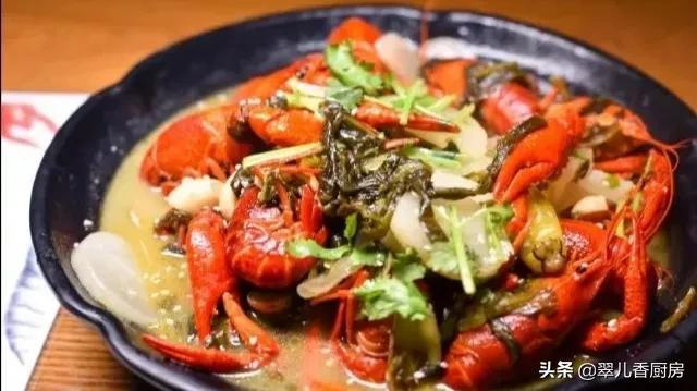 吃小龙虾,我只推荐二种做法,虾肉新鲜,佐料正宗,更是实惠