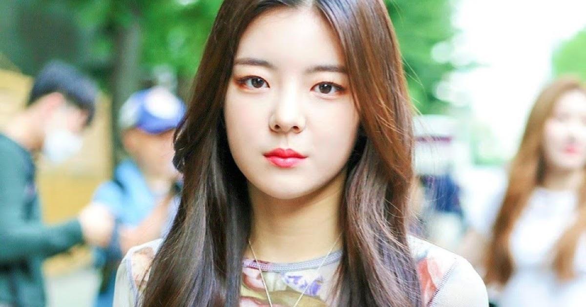 JYP女团成员陷入校园霸凌,公司积极维权,可惜证据不充分