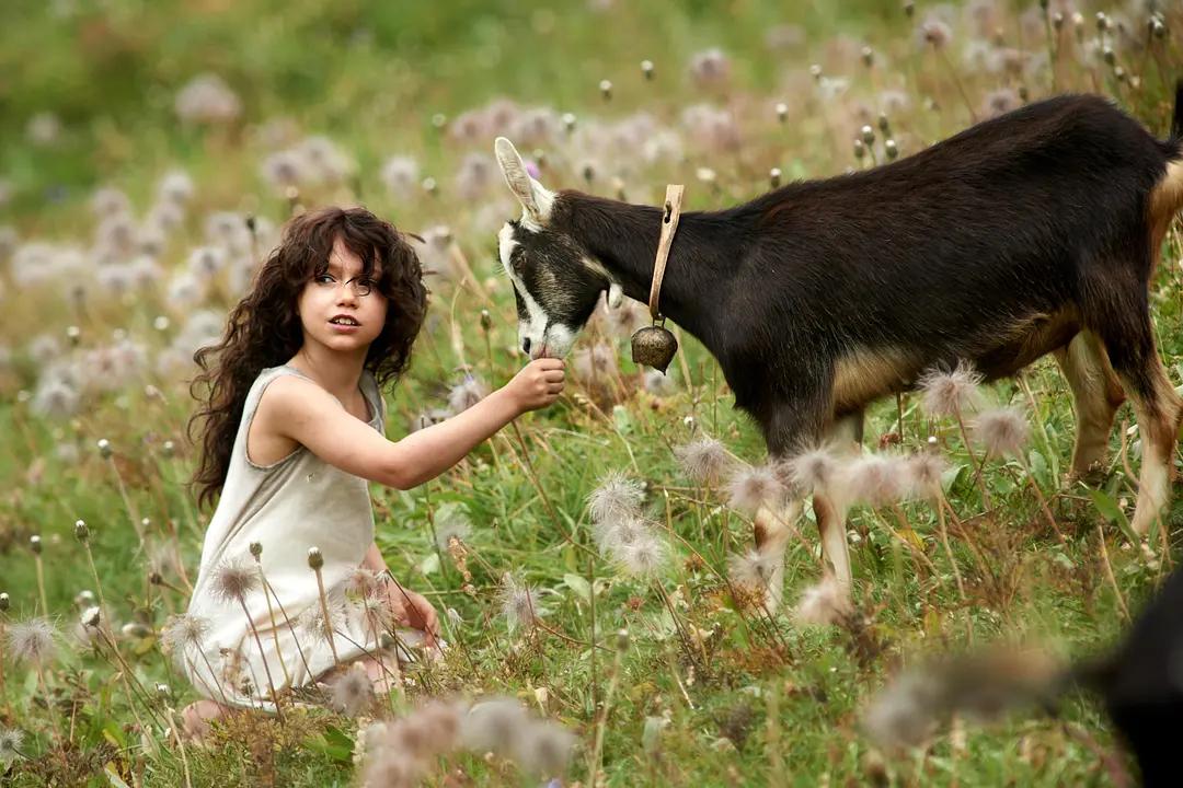 心理学:总是被否定的孩子,很可能带着自卑的底色活一生