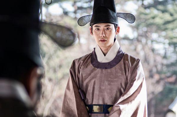 李钟硕今日正式退伍,那个最会挑剧本的小子回来了