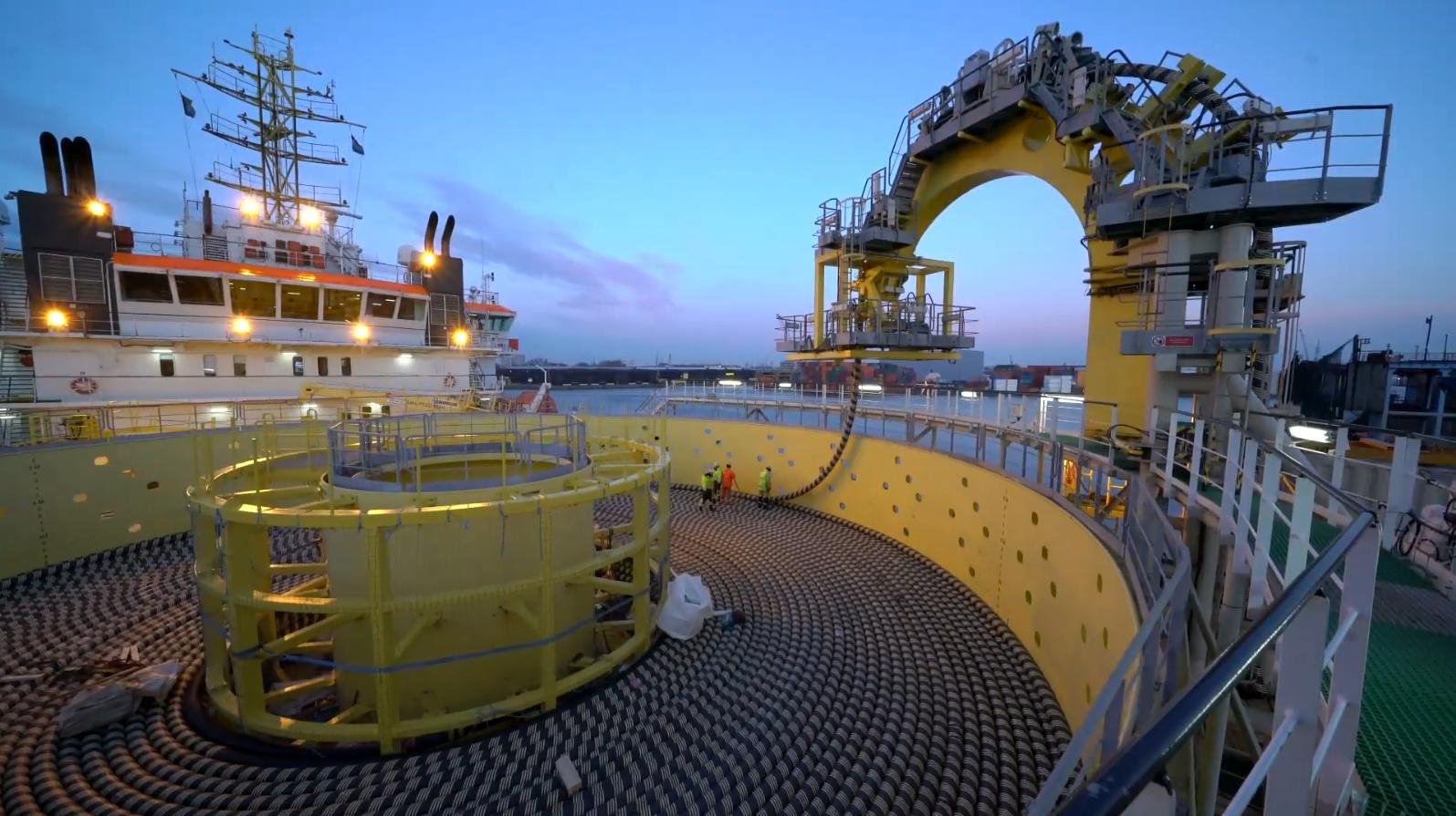 从中国到法国,12000公里的海底超级工程,美国也无法阻止