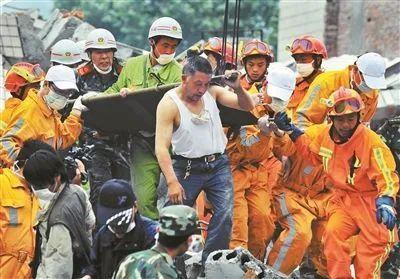 张文宏被举报论文造假10天后,终于沉冤得雪,但他却再次跌入泥潭