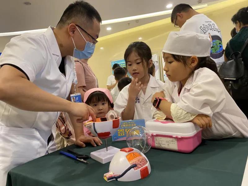 """""""医""""起过六·一 关爱儿童健康成长 三六三医院开展儿童节系列活动"""