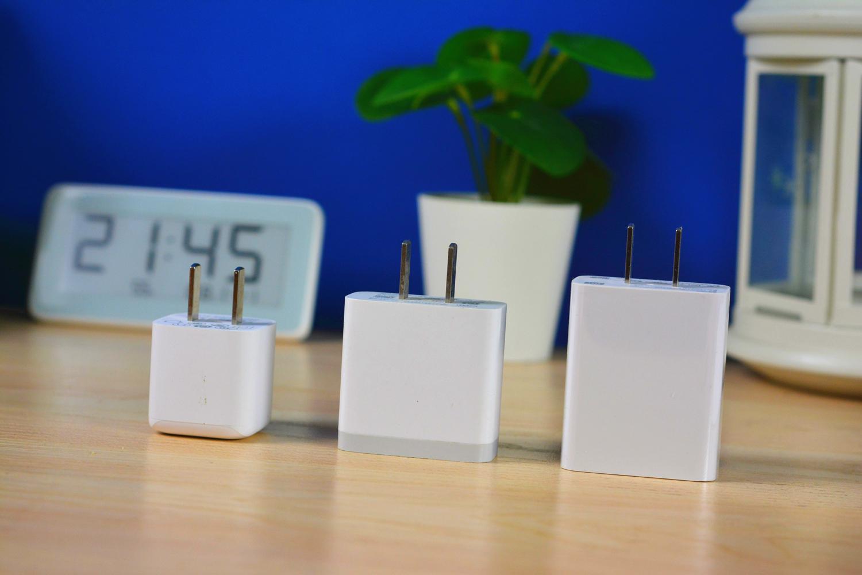 iPhone12必备:图拉斯小冰块,超小体积,支持20W快充