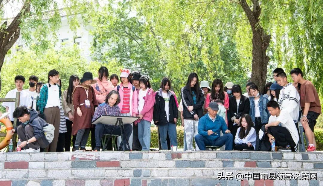 牵手名家 与美同行记建湖中专学生一次意义非凡的学习活动