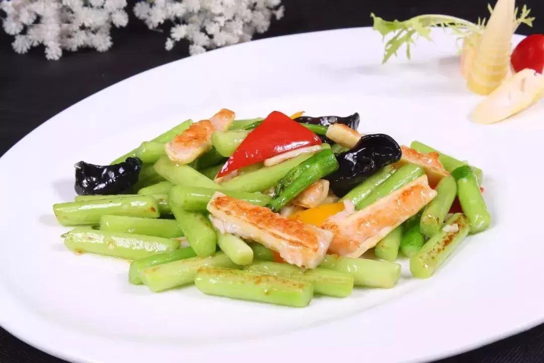 大厨教你做8道亲民粤菜,普通食材也能做出热销菜! 粤式菜谱 第1张