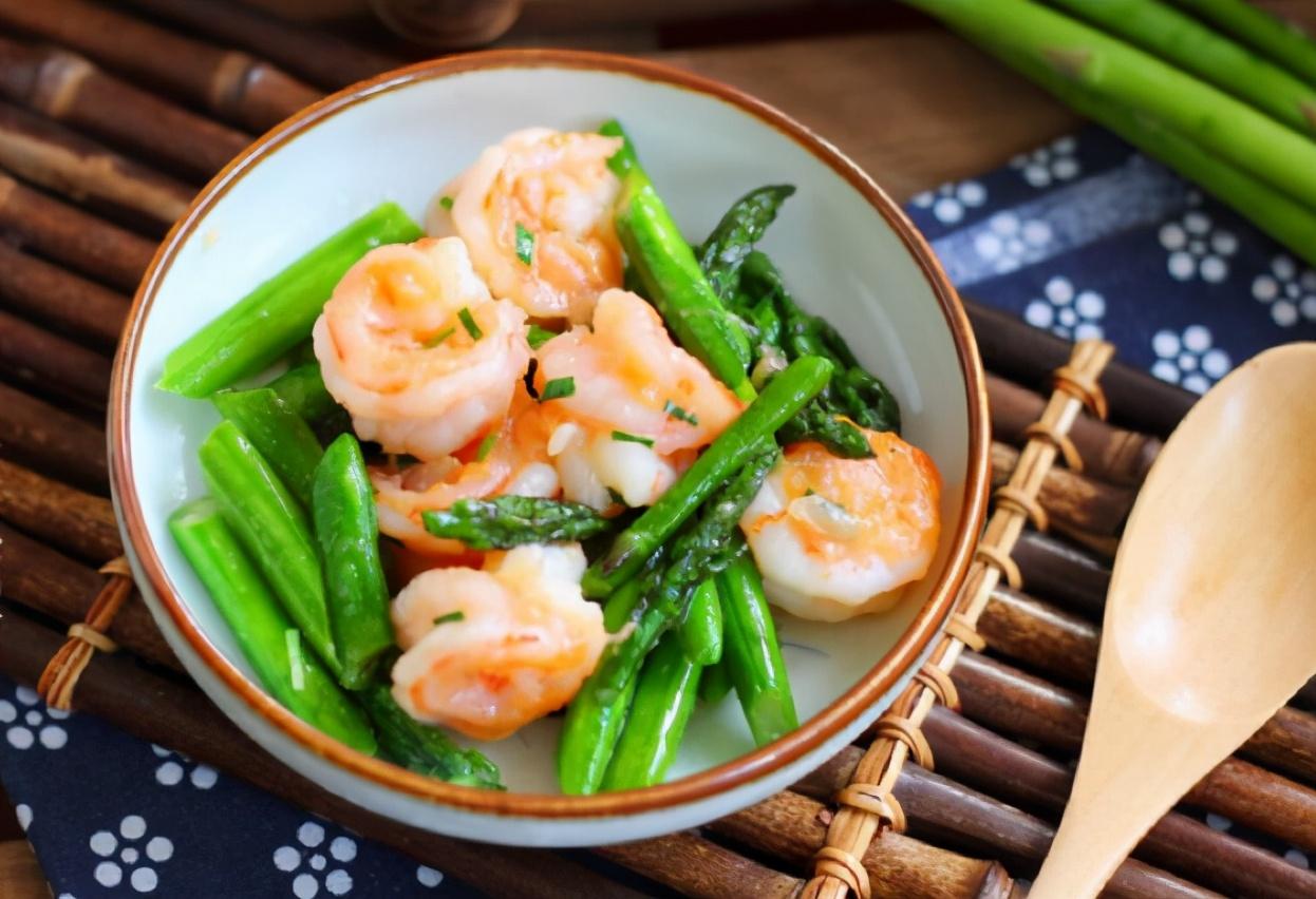 芦笋炒虾仁怎么做才好吃?牢记2个窍门,爽脆滑嫩,鲜香十足 美食做法 第2张