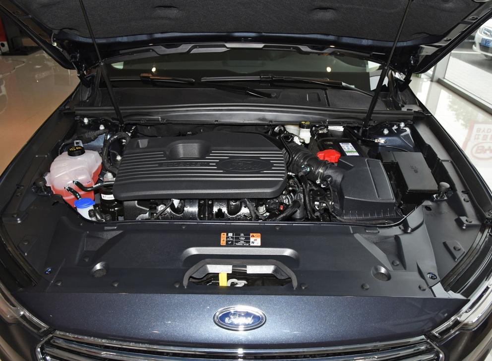 福特金牛座:美系B+级轿车代表 2.0T+8AT 值得选吗?(zhijiafuture.com)