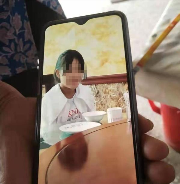 江苏14岁少女结婚两次生一子,孩子非两任男友亲生,收彩礼15.4万,警方已介入