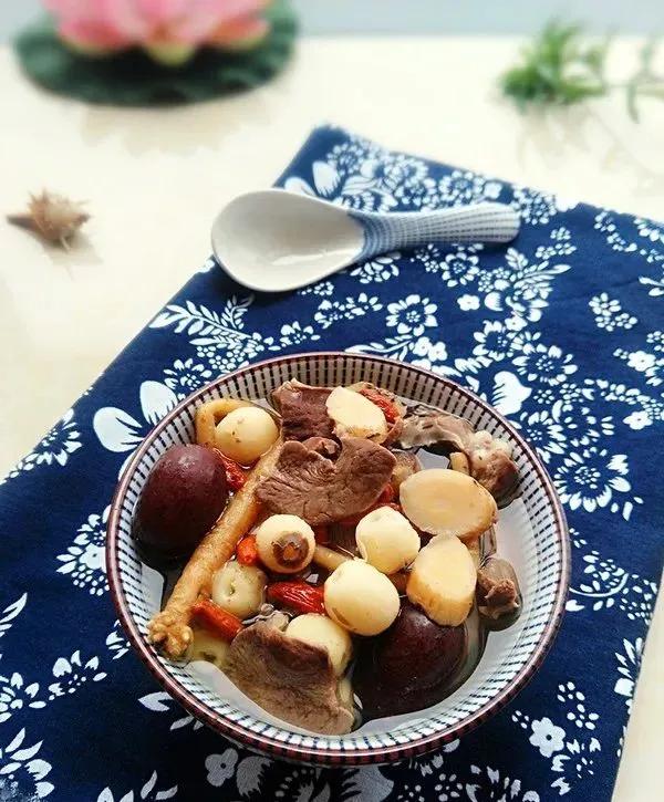 跟着广东人学煲汤,记住这三招,做出来的汤又香又营养 美食做法 第20张