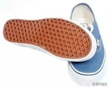 vans什么意思(vans是什么牌子的鞋多少钱一双)
