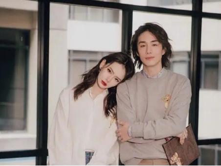 李承铉戚薇结婚六周年甜煞众人,模范夫妻离婚了?