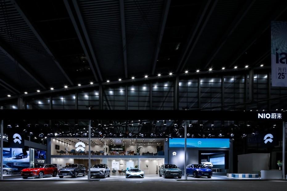 蔚来全体阵容亮相2021粤港澳大湾区车展,最大看点是透明换电站
