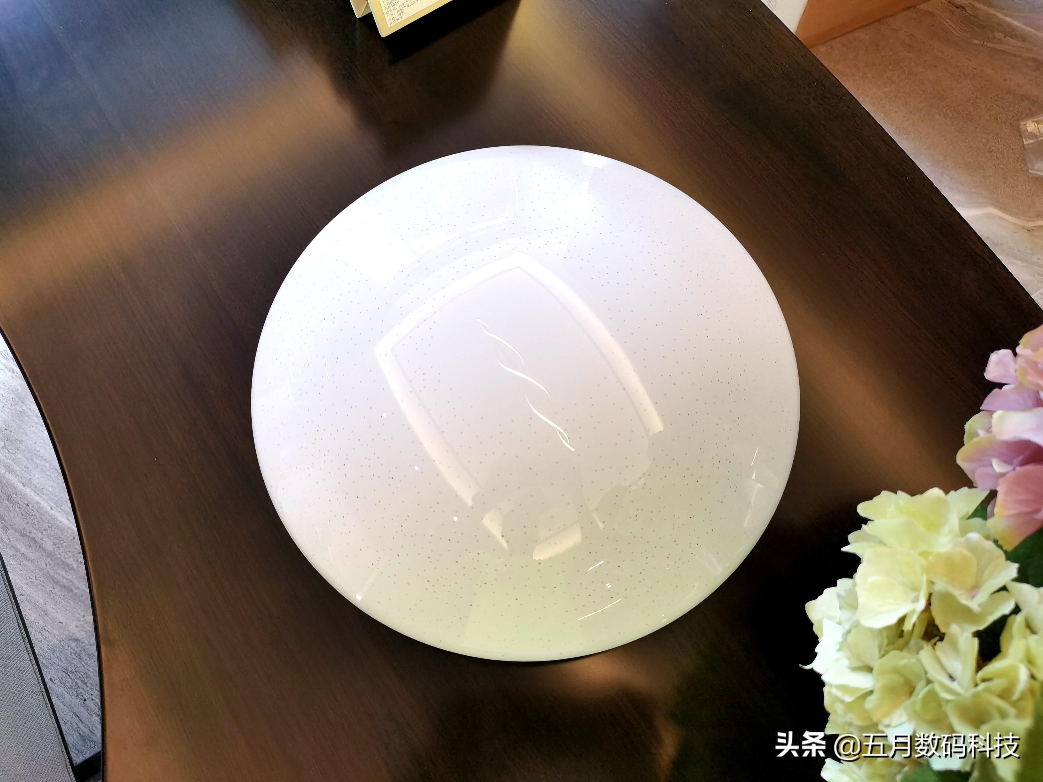 达伦吸顶灯,支持华为HiLink智能操控,暖入心田,光芒四射