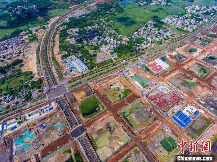 海口江东新区高强度完善基础设施 15家名企已进驻CBD