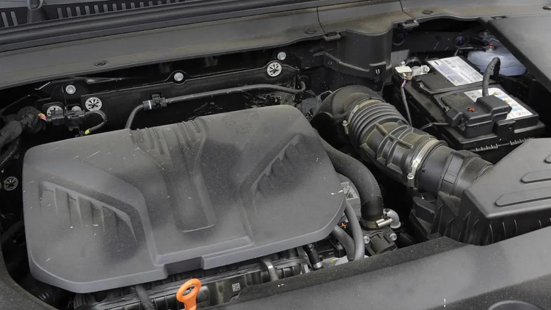 2.0T+9DCT,全新國產旗艦SUV豪華感不輸BBA,開起來有大驚喜