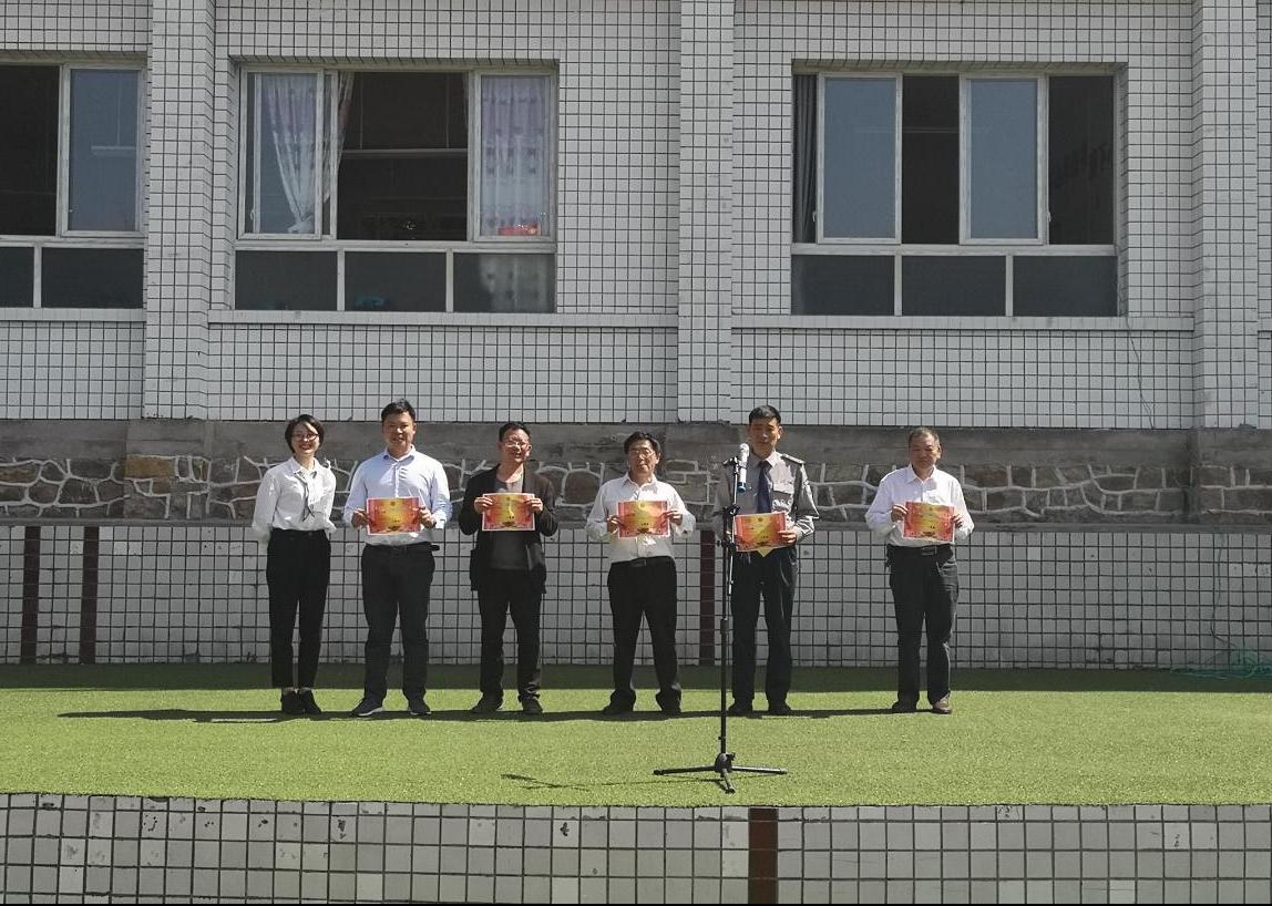 """南川石墙小学开展""""学党史、诵红色经典""""诵读比赛"""