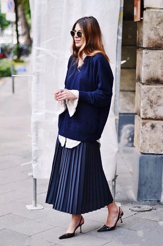 """早秋要穿得漂漂亮亮,建议多穿这3种""""气质""""穿搭,美足整个秋天"""