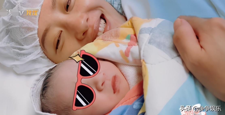 应采儿公开剖腹产过程,二胎颜值像妈妈,Jasper哥哥力满分