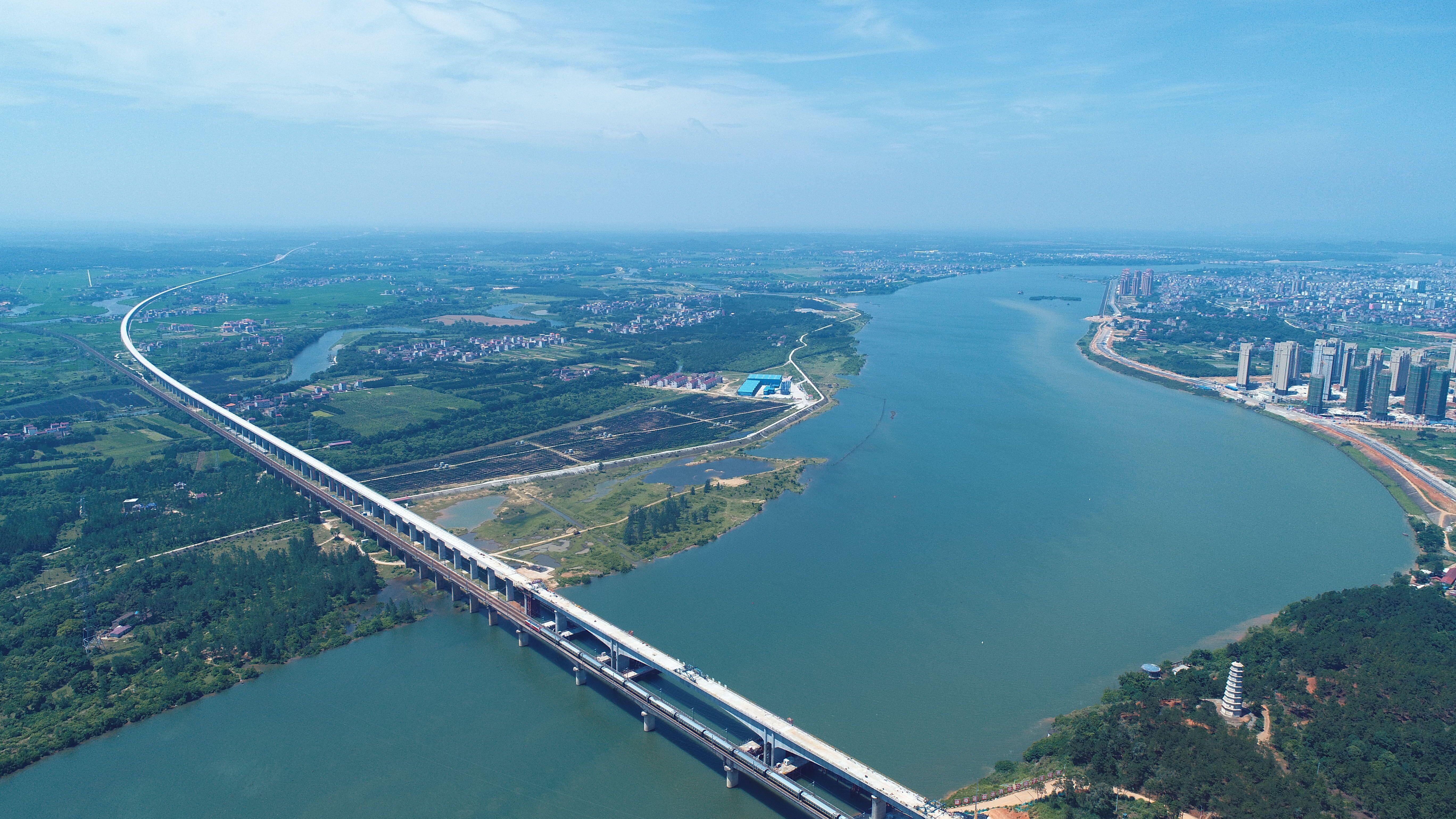 安徽省新建1条高细铁丝,项目投资总额度约307.5五亿,这种小县里将要兴起