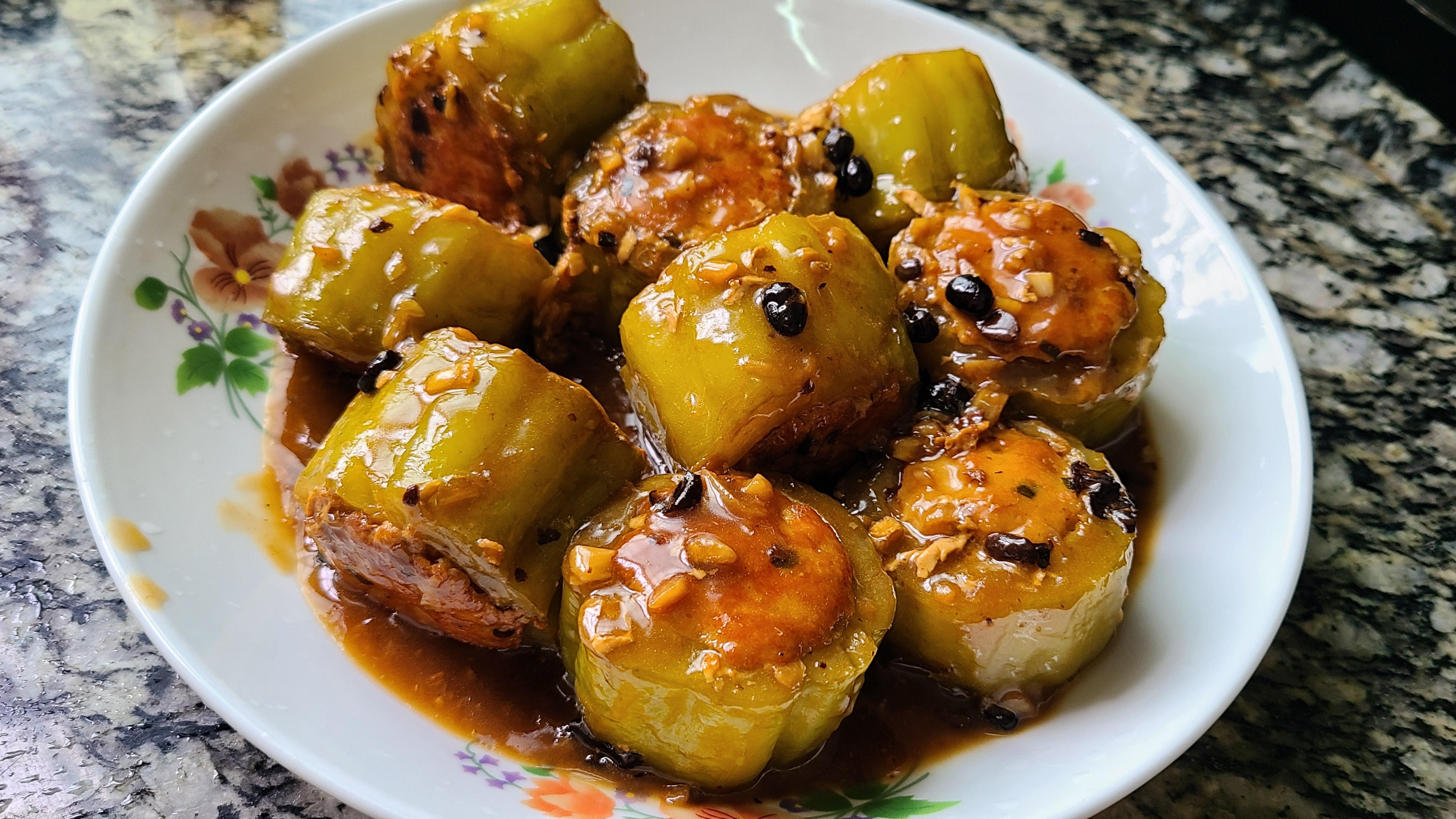 天氣這麼熱,教你一道廣東常見的釀苦瓜,香濃美味,好吃簡單
