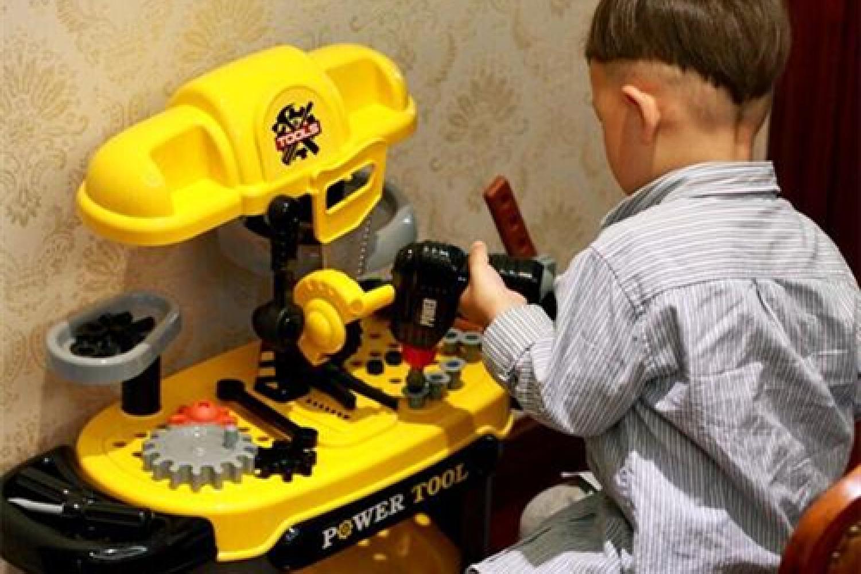 """美国儿科学会长期研究发现:""""脑力""""高的孩子,通常有三种表现"""