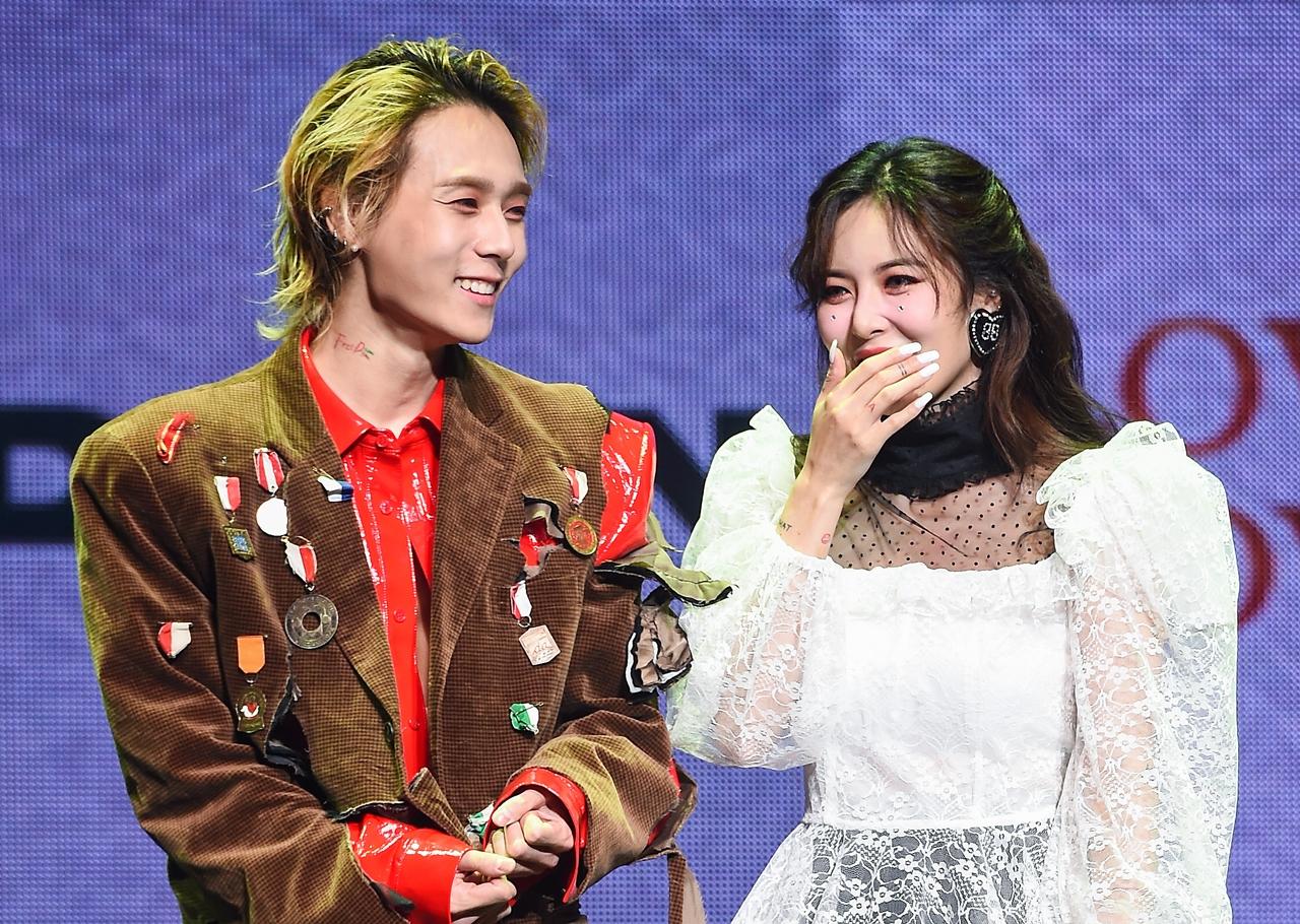 solo不行就组队吧!金泫雅和金晓钟发售情侣专辑,预计9月回归