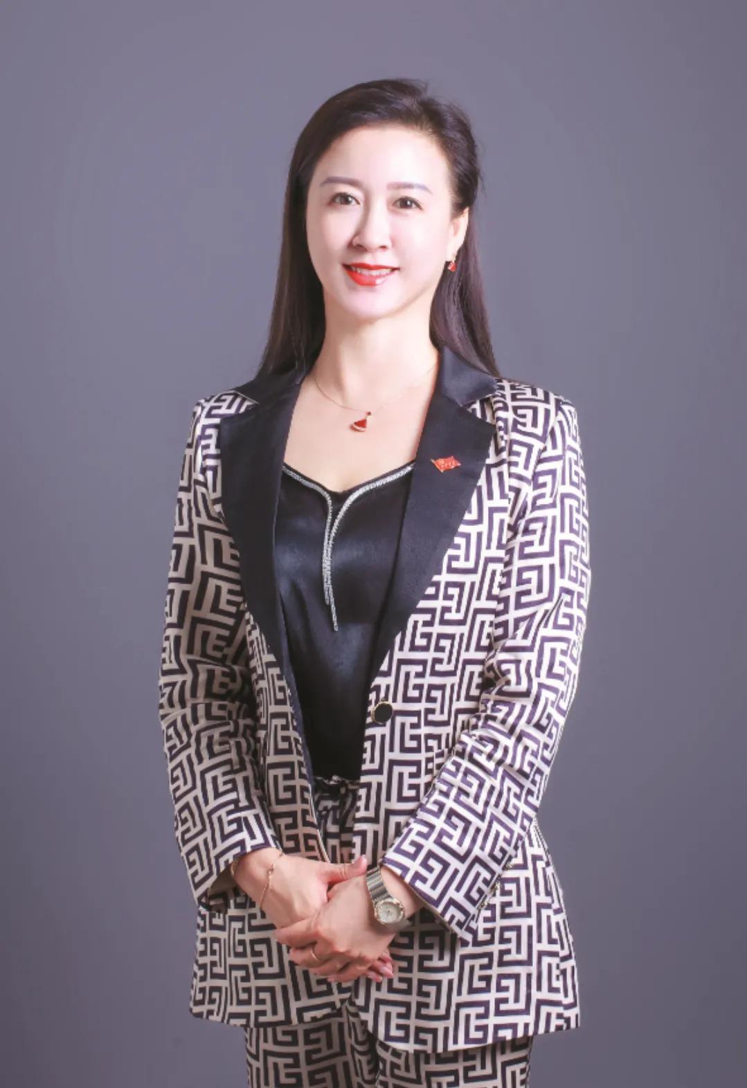 女企业家陈宁:服务到客户心里,就能听到花开的声音