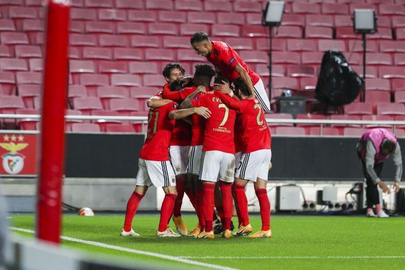 4-0!欧冠2冠王吊打弱旅!5战狂轰16球,却无缘小组第一