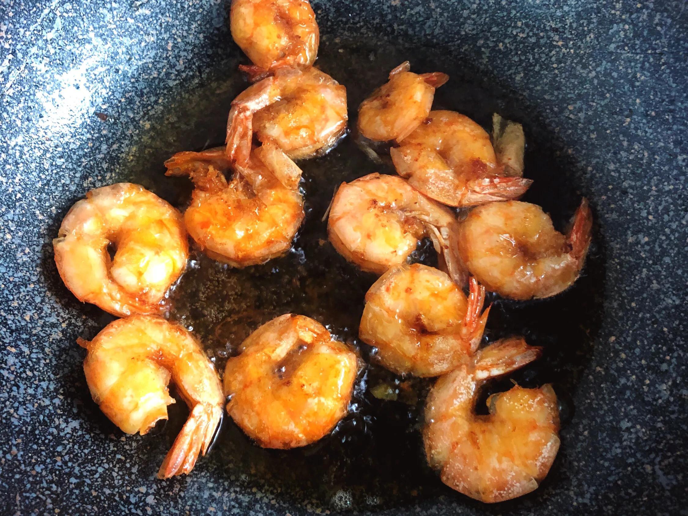 在家做家常版的油焖大虾 美食做法 第3张