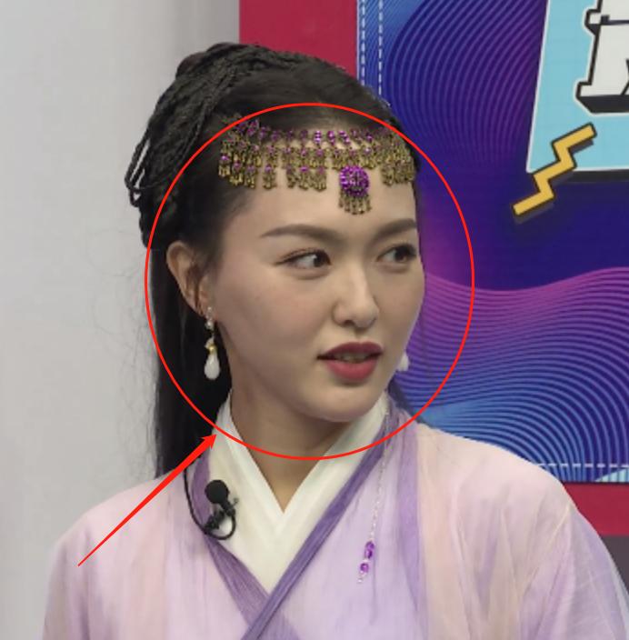 唐嫣直播再现紫萱造型,离开十级精修待遇,这脸蛋确定有37岁?