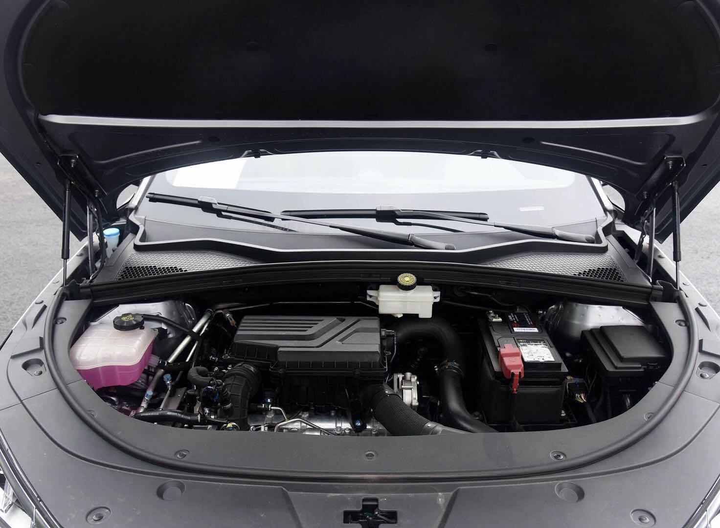 中国人买中国车—全新换代自主10万级SUV,颜值与实力兼备
