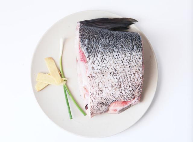 糖醋熏鱼的做法步骤图 上海熏鱼的正宗做法1分钟就学会味道太