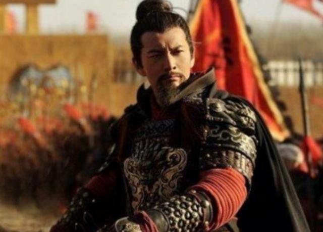 2003年,余桂元将岳飞文天祥移除历史教材,回应:不能称为民族英雄