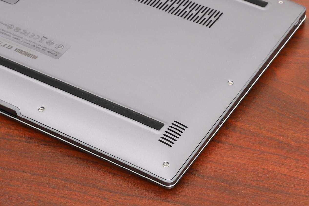 终于等到,2K就能剁手英特尔11代笔记本:为什么差别这么大?