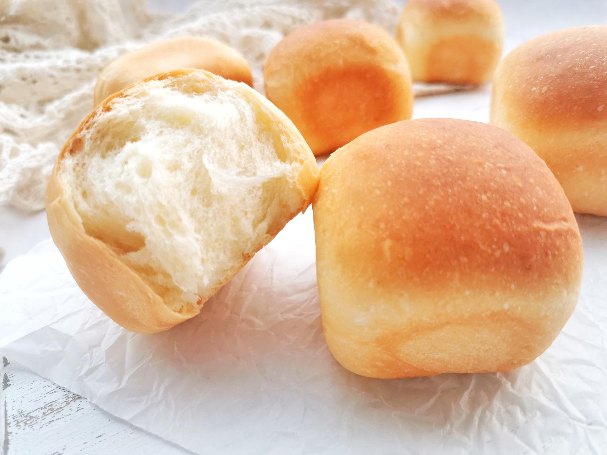 想吃面包不用买,一次发酵做迷你吐司,个个柔软拉丝,奶香味十足
