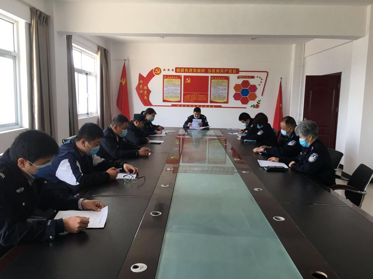 长垣警方召开打击治理网络跨境赌博动员部署会议